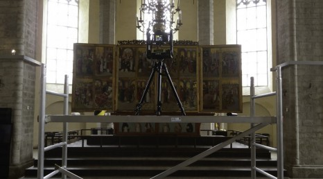 ACRH Gigapan in action at St Nicholas church, Tallinn